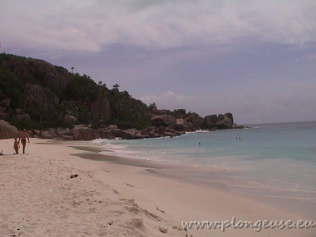 Anse-source-d'agent-Digue2.jpg